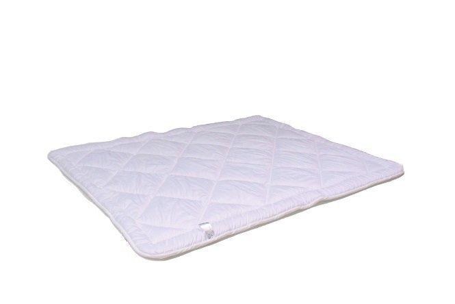 Зимние одеяло PEN-POL