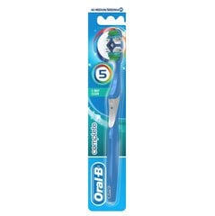 Зубная щетка Oral-B Complete 5 Ways Clean 40 Medium