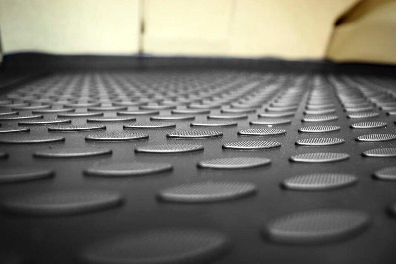 VW Tiguan 2007-2016 black /N41025 lētāk