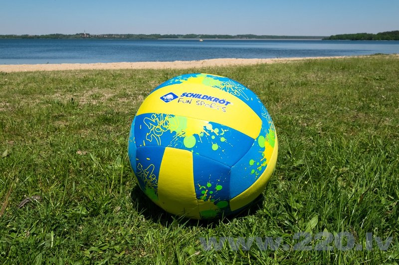 Pludmales bumbaSchildkrot Neoprene Beachball XL, 35 cm cena
