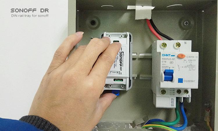Sonoff TH16 viedais slēdzis ar temperatūras un mitruma kontroli