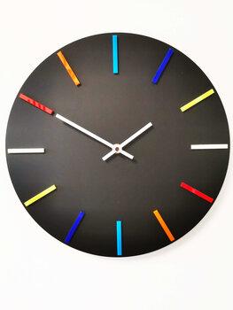 Sienas pulkstenis Krāsu spēles