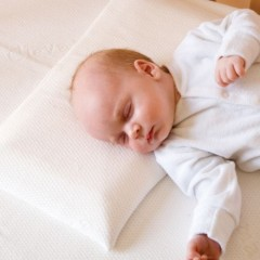Clevamama Memory Foam Baby Pillow подушка