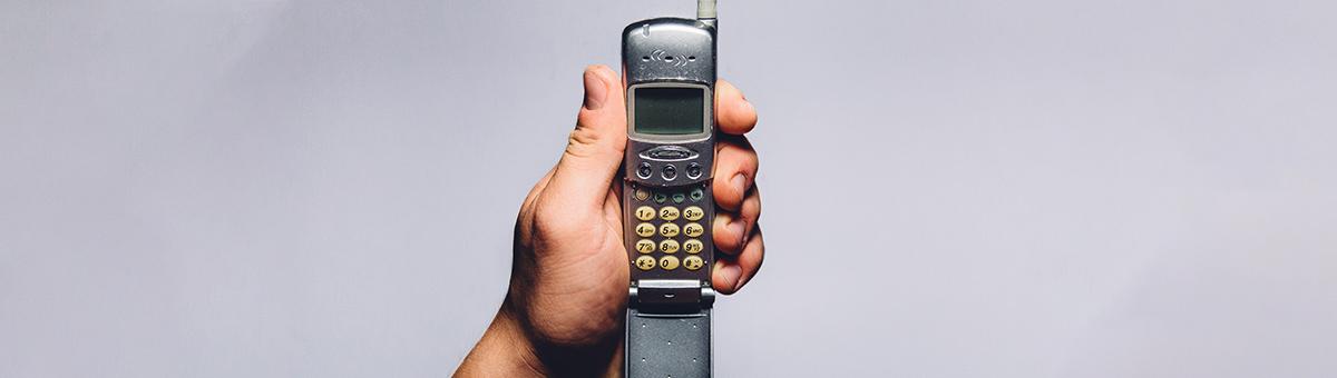 Vai mobilie telefoni, kas nav viedie – jau ir leģenda?